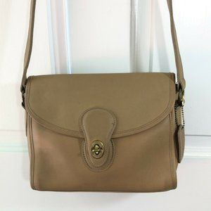 VTG Iconic Turn Lock COACH City Bag TAN Leather